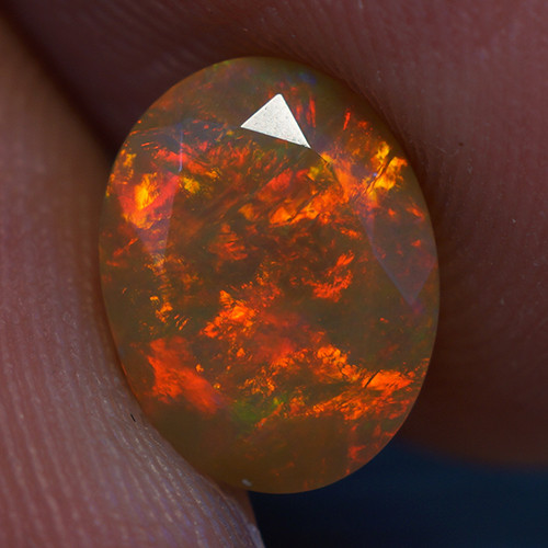 1.08 CT RED FLASH 9X7MM  Welo  Ethiopian Faceted Opal -EBF375
