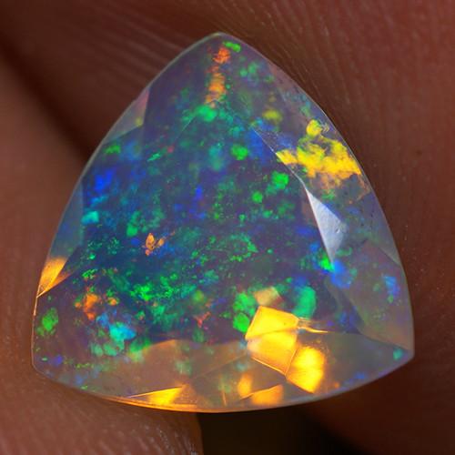 1.19 CT 9X9MM PINFIRE !!!  Faceted Cut Ethiopian Opal-EBF378