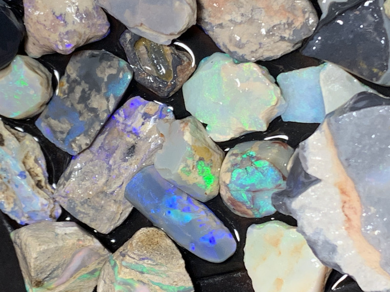 840 CTs of Solid/Natural Lightning Ridge Rough Opal, #466