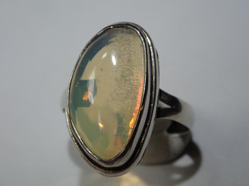 5 Sz Stearling .925 Blazing Welo Solid Opal