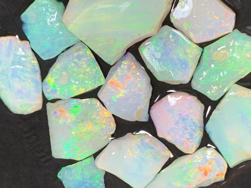 44 Cts of High End White Cliffs Rough/Rub Opals,#486