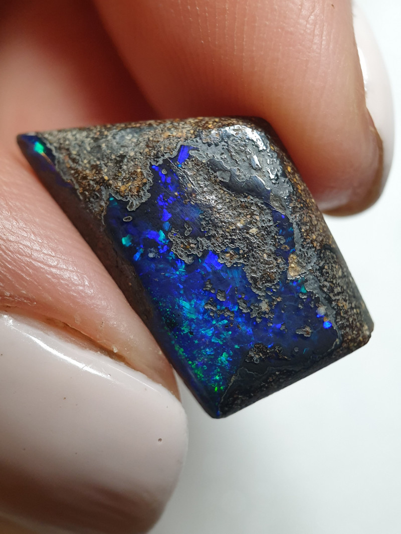 8.80 cts Boulder Opal Stone B104