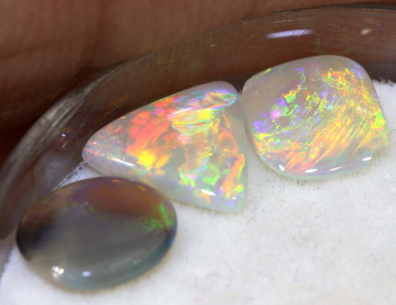 0.70-CTS  CRYSTAL OPALS  POLISHED  PARCEL TBO-9179