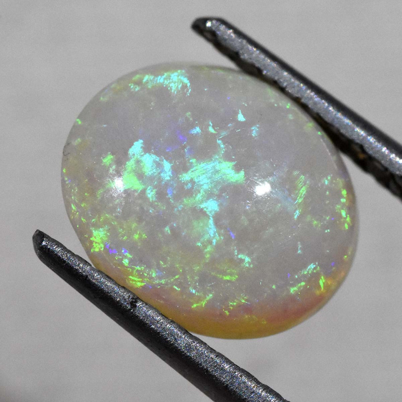2.89cts White Opal From Coober Pedy (R2925)