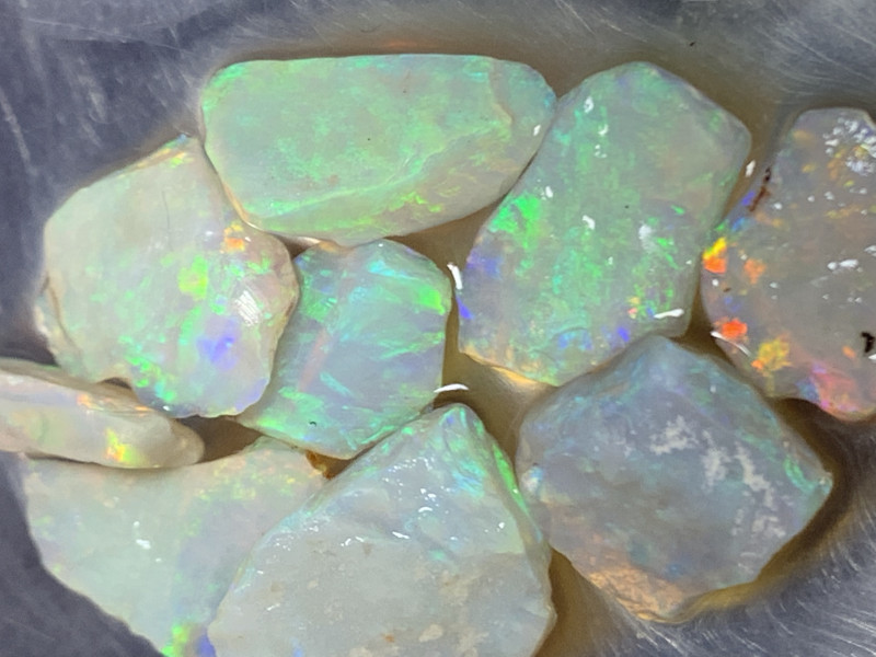 22.8 CTs GEM ROUGH; Lightning Ridge Cutters Grade Select Rough Opals,#494