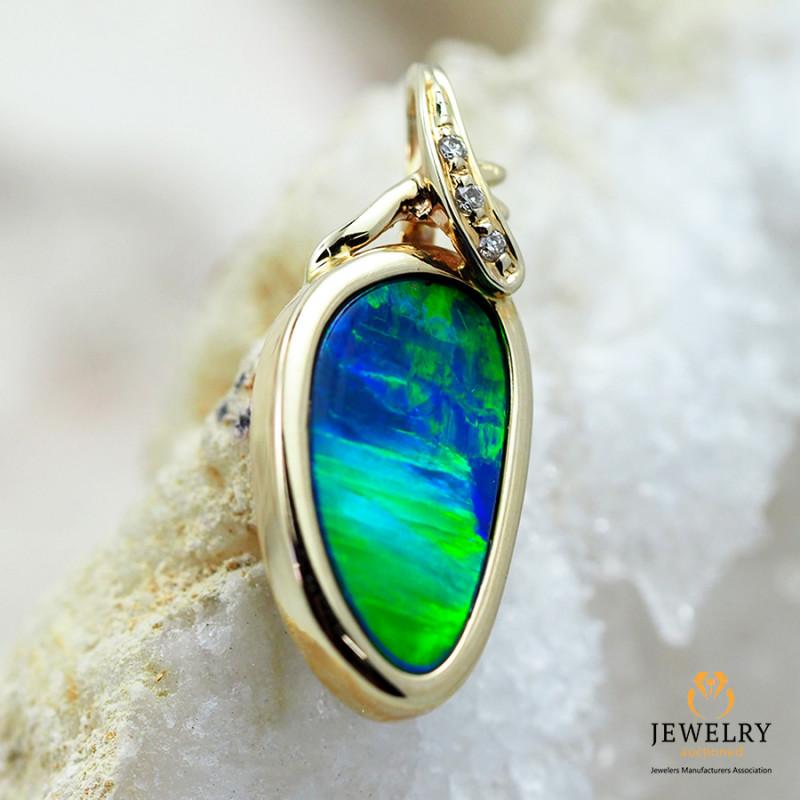 Handmade 14K Yellow Gold Doublet Opal & Diamond Pendant OPJ127