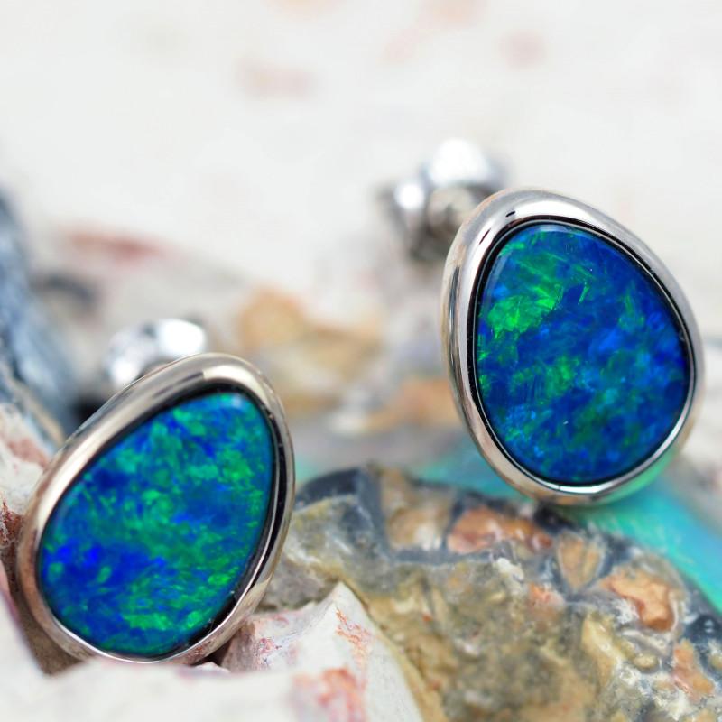 Handmade 14K Gold Doublet Opal Earrings OPJ181
