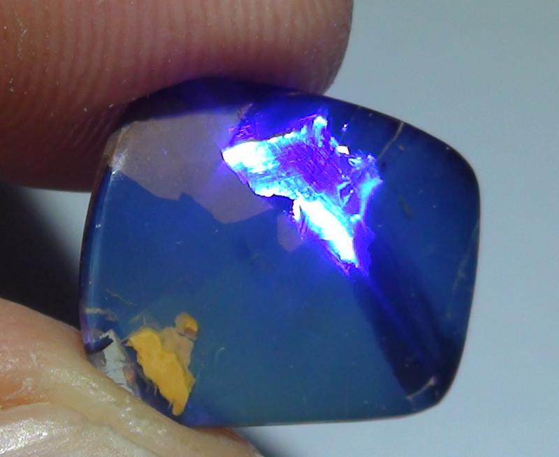 3.55 ct Beautiful Blue Natural Queensland Boulder Opal