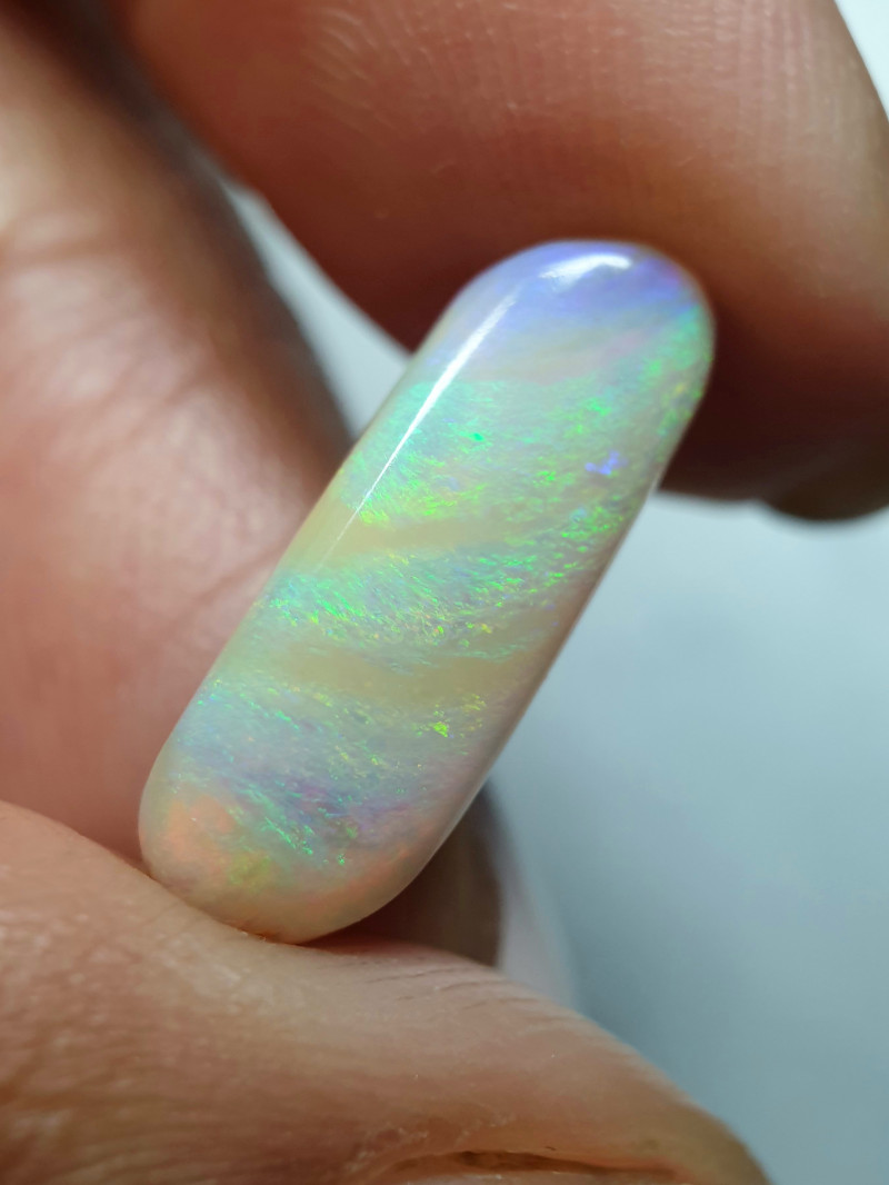 4.15 cts Boulder Pipe Crystal Opal B125