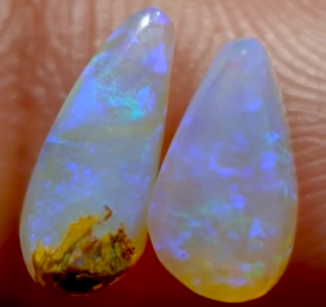 3.40 cts Boulder Pipe Crystal Opal Pair B129