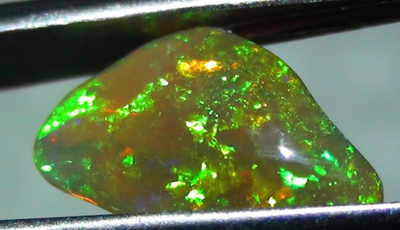 1.75 ct Ethiopian Gem Color Carved Freeform Welo Opal *