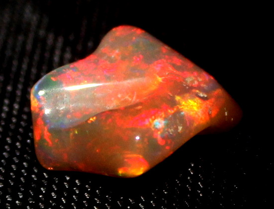 2.75 Crt Natural Ethiopian FreeForm Welo Fire Opal Carvin 778