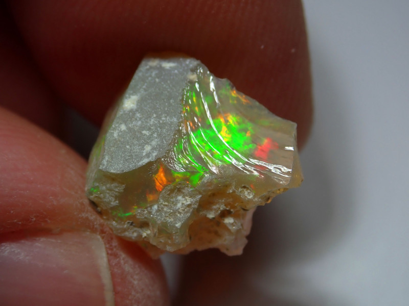 3.84ct. Cutting Rough Opal / Ethiopian Solid Material