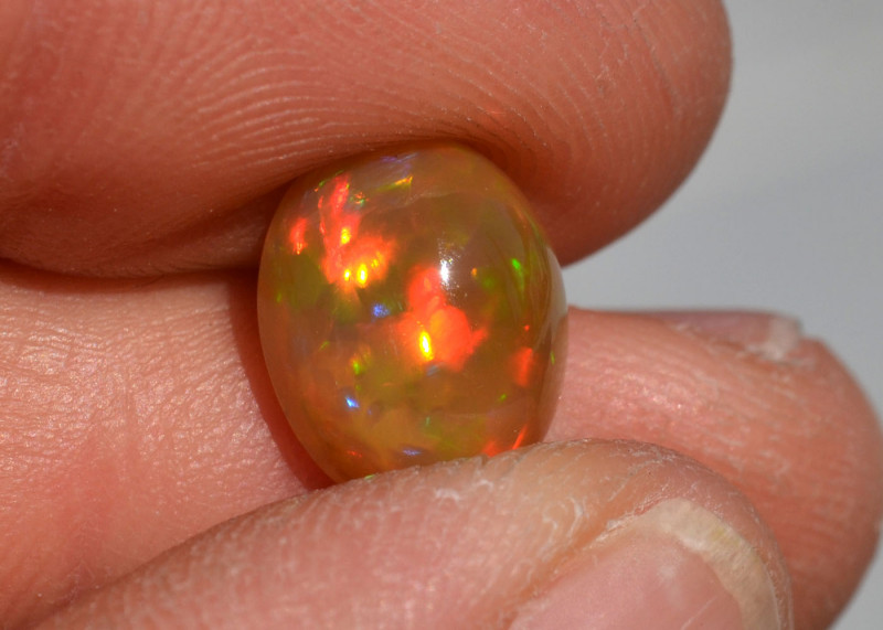 3.88 Carat Fine Ethiopian Caramel Opal