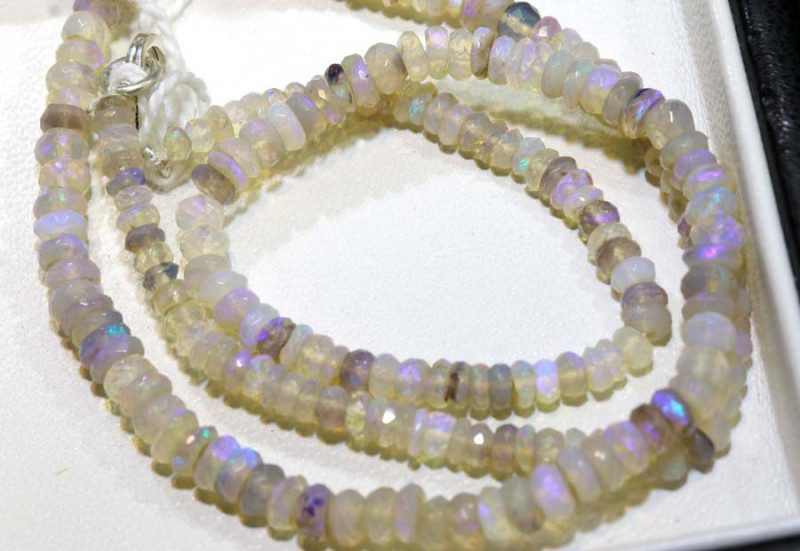 44 CTS CRYSTAL OPAL FACETED BEADS STRAND TBO-9243