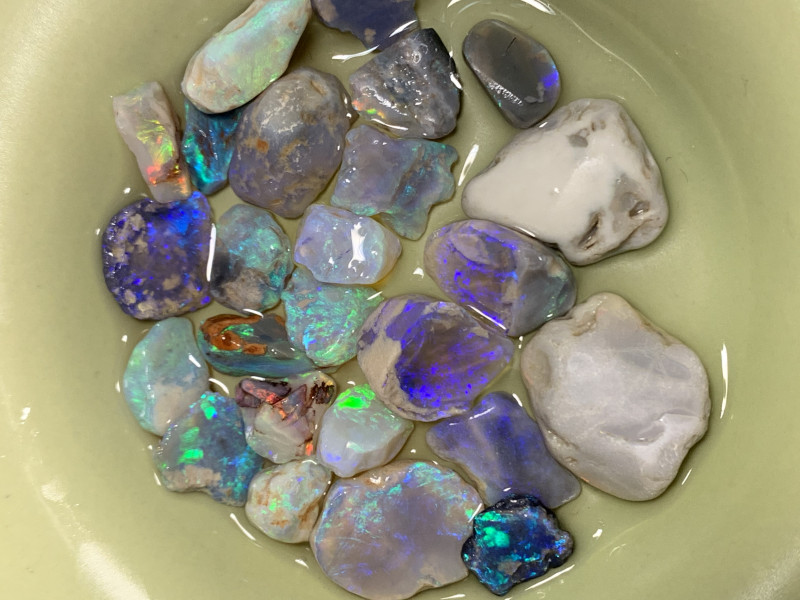 90 CTs of Rough & Rubs ;Solid/Natural Lightning Ridge Opals, #751