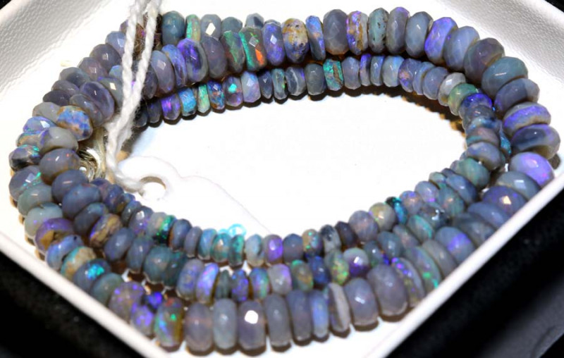 70 CTS  L RIDGE DARK BASE OPAL FACETED BEADS STRAND TBO-9260