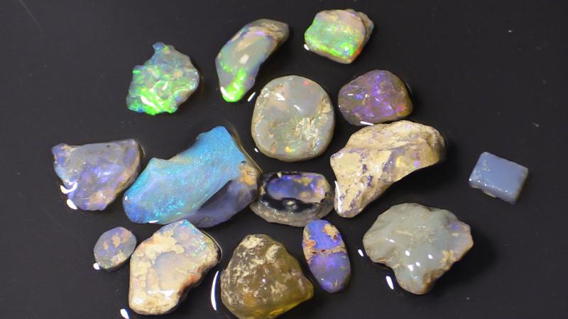 87.25 ct lightning ridge rough opals