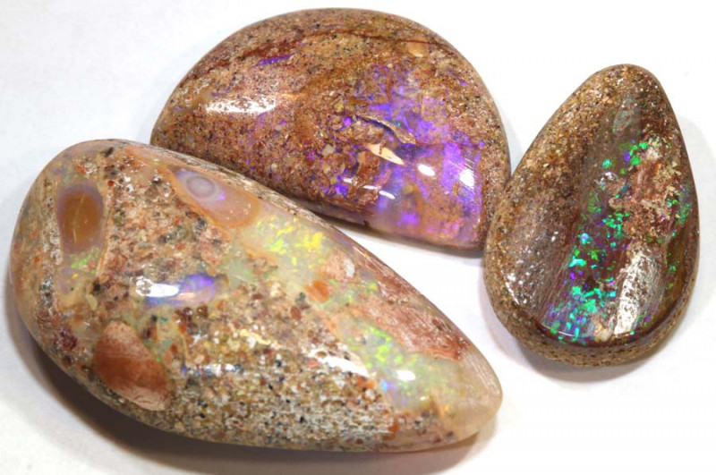 28.75  CTS QUALITY BOULDER PIPE  OPAL CUT STONE PARCEL TBO-79