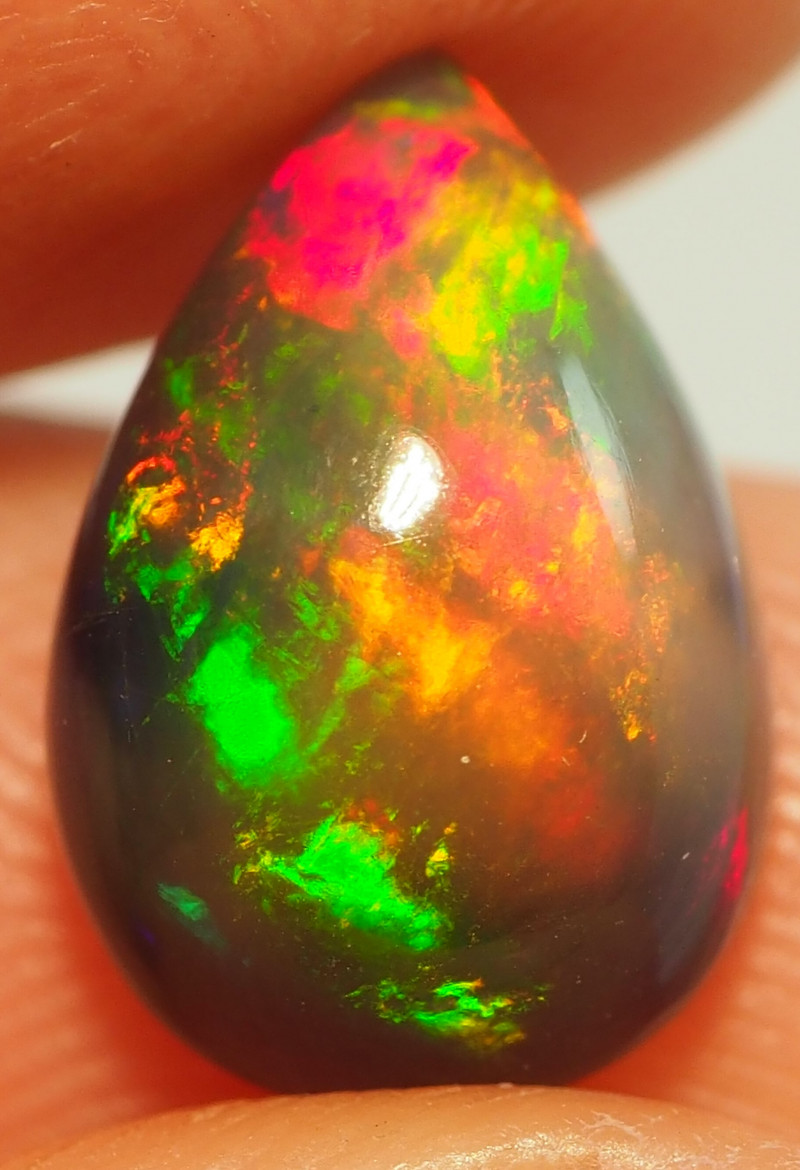 3.10CT ETHOPIAN TREATED OPAL STUNNING PATTERNS NN482