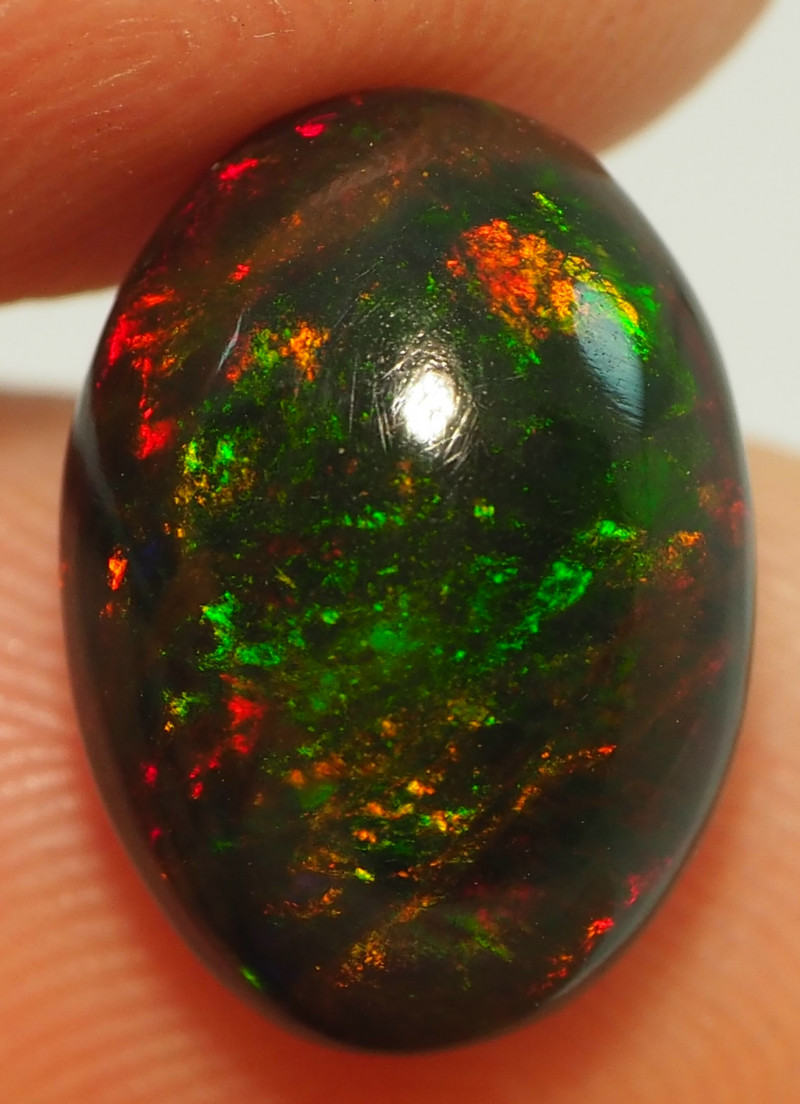 4.40CT ETHOPIAN TREATED OPAL STUNNING PATTERNS NN489