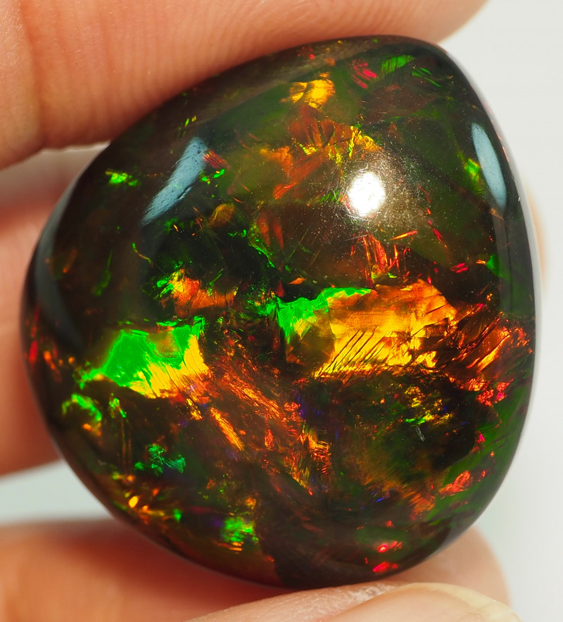 43.30CT ETHOPIAN COLLECTOR  TREATED OPAL STUNNING PATTERNS NN519