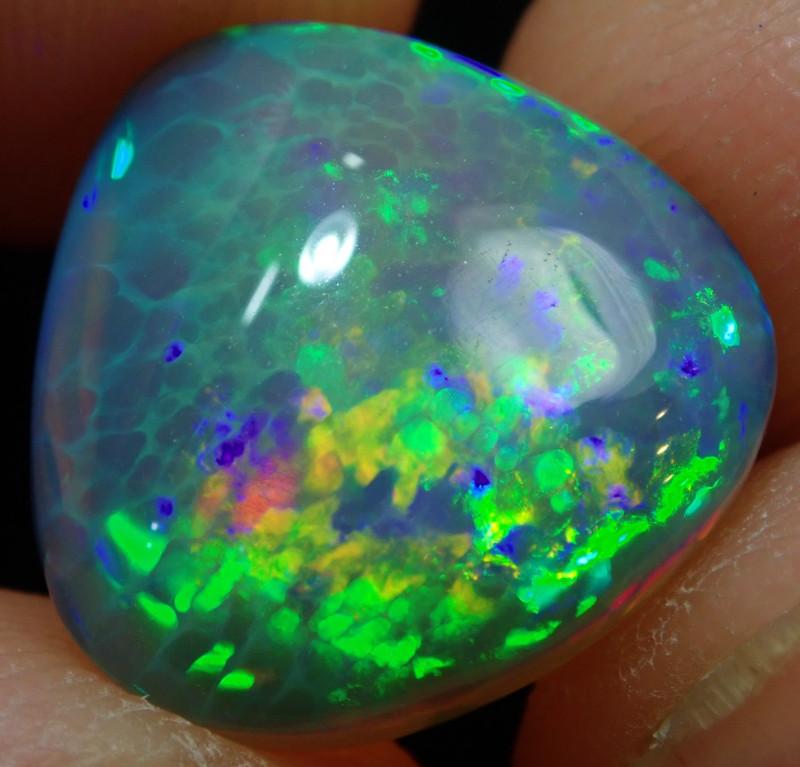 5.5ct. Black Base Natural Not Enhanced Welo Solid Opal