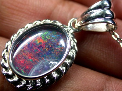 BEAUTIFUL TRIPLET OPAL PENDANT 3.45 CTS QO1679