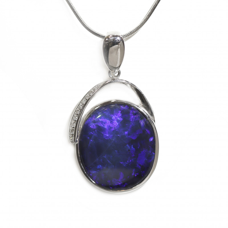 Black Opal  14k Gold Pendant with Diamond [CP39]