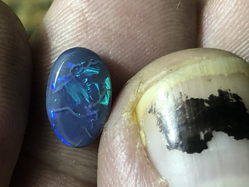 1.5ct Lightning Ridge black opal
