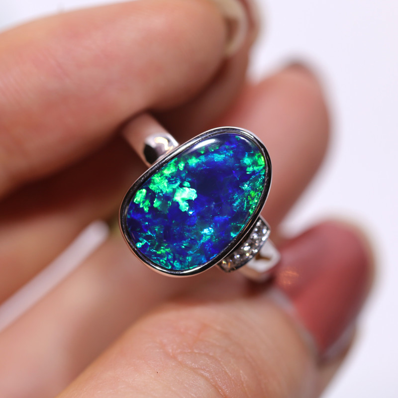 14K GOLD DOUBLET OPAL RING GOLD AND DIAMOND [CR15]