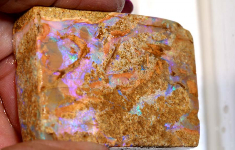 131.05-CTS BOULDER OPAL PIPE  ROUGH DT-8565