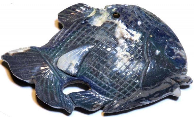 73.30-CTS BLACK  OPAL CARVING  FISH LO-5204
