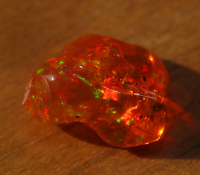 3.90ct Bright Carved Mexican Opal