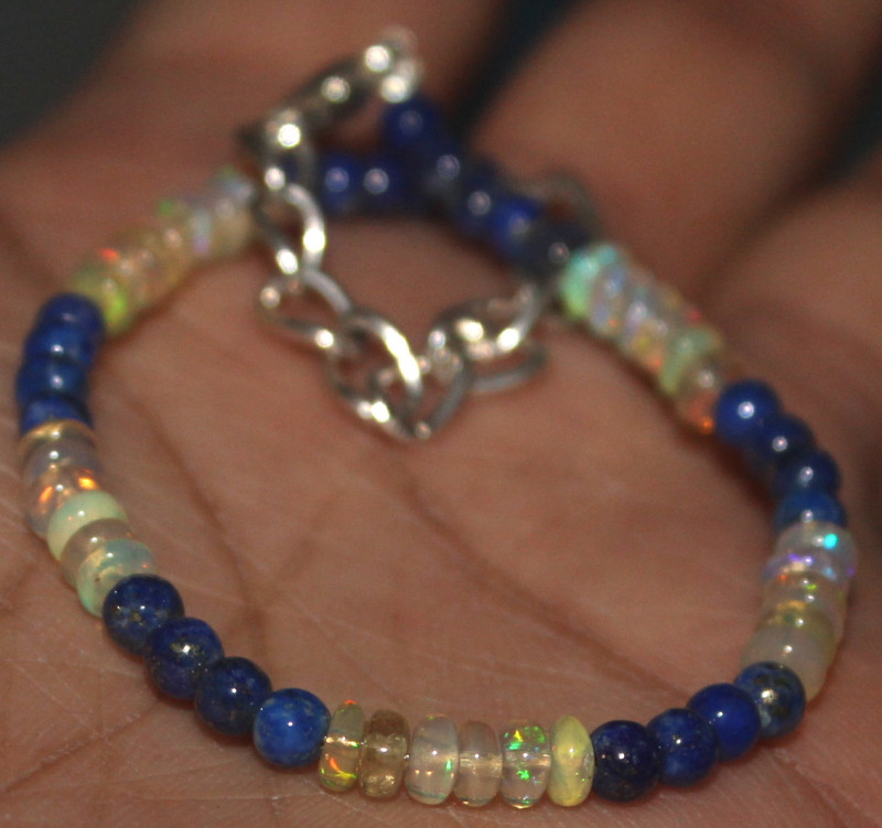 16 Crts Natural Opal & Lapis Lazuli Beads Bracelet 650