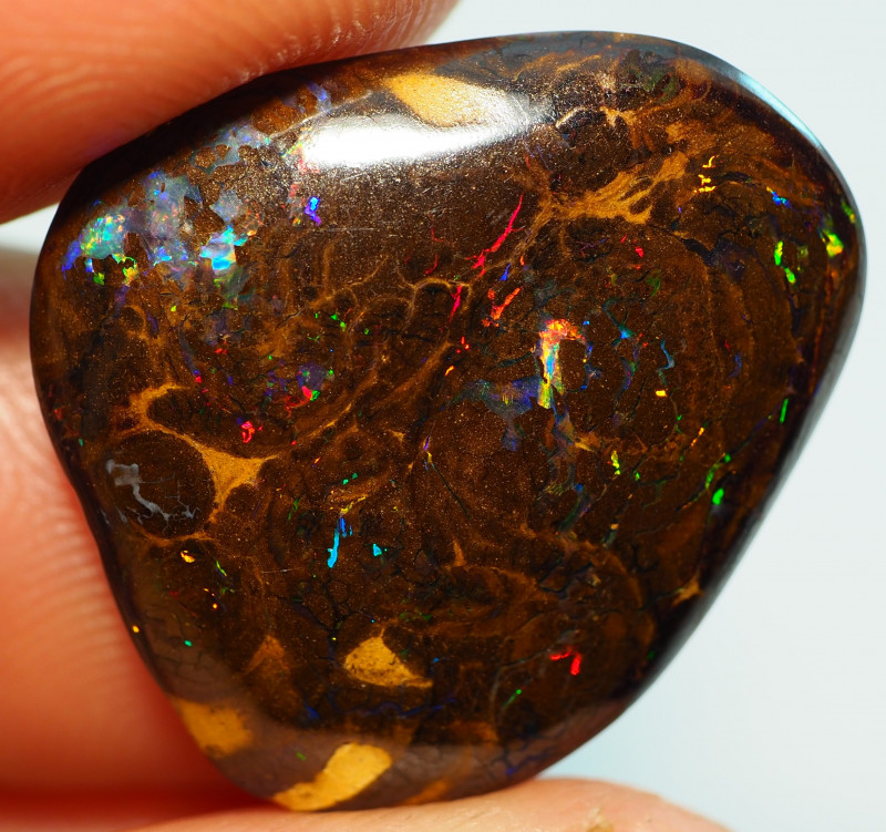 14.15CT  MATRIX YOWAH OPAL WITH AMAZING PATTERN NN683