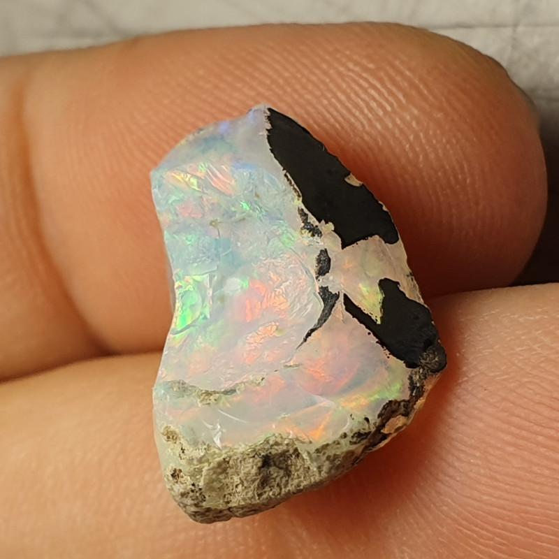 7.5cts Cutting  Rough Ethiopian Wello Opal