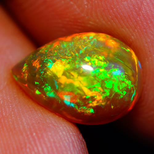 2.22 CT Top Quality!! Welo  Ethiopian Opal-DB881