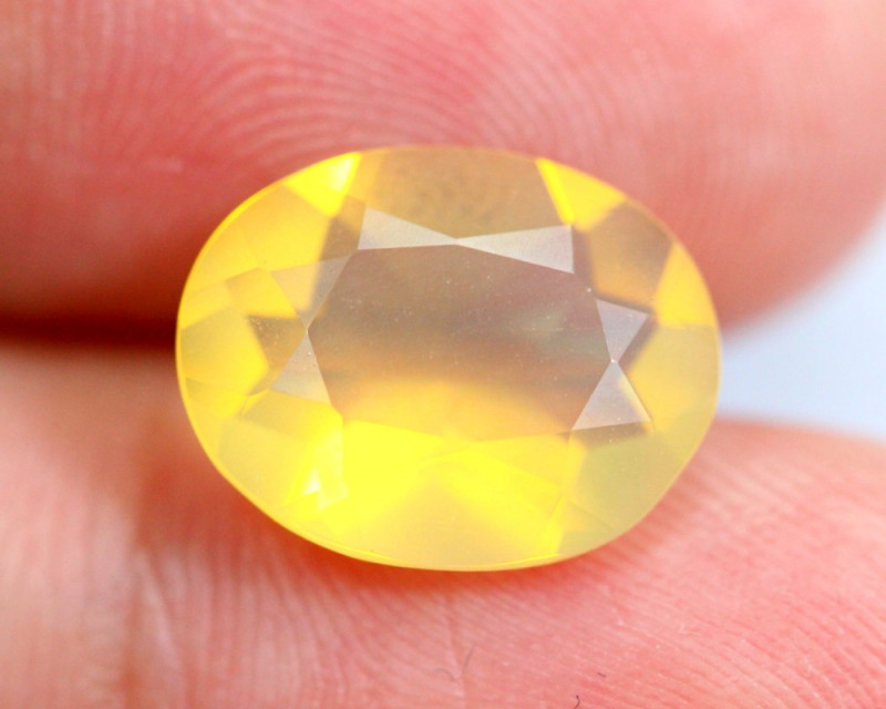 2.70cts Natural Brazil Yellow Fire Opal /15S209