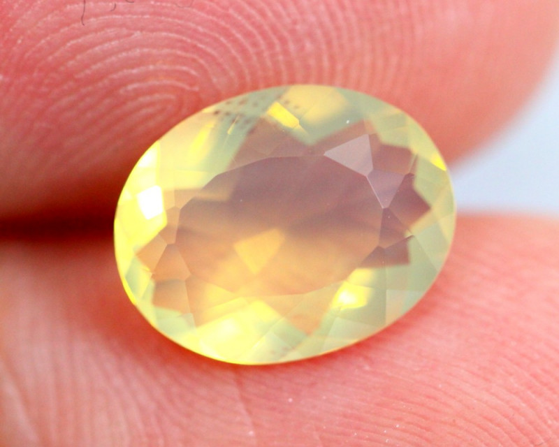 1.60cts Natural Brazil Yellow Fire Opal /15S213