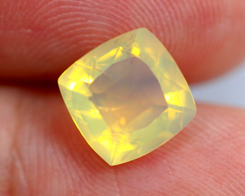 1.70cts Natural Brazil Yellow Fire Opal /15S214