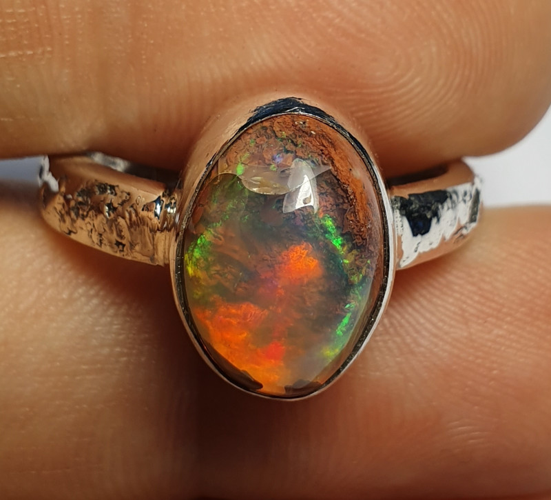 7sz Mexican Matrix Opal & .925 Hammered Sterling Ring