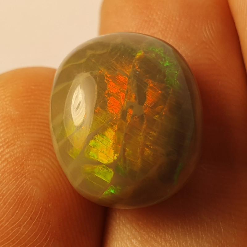10ct  Beautiful Blazing Welo Solid Opal