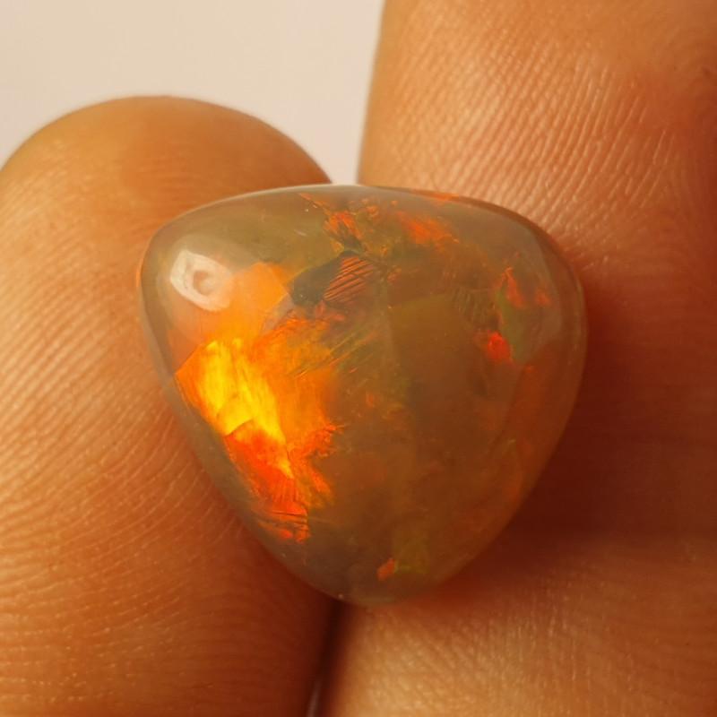 8ct  Beautiful Blazing Welo Solid Opal