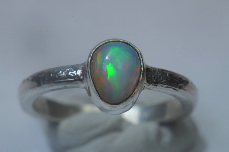 6.5sz Sterling .925 Silver Blazing Welo Solid Opal