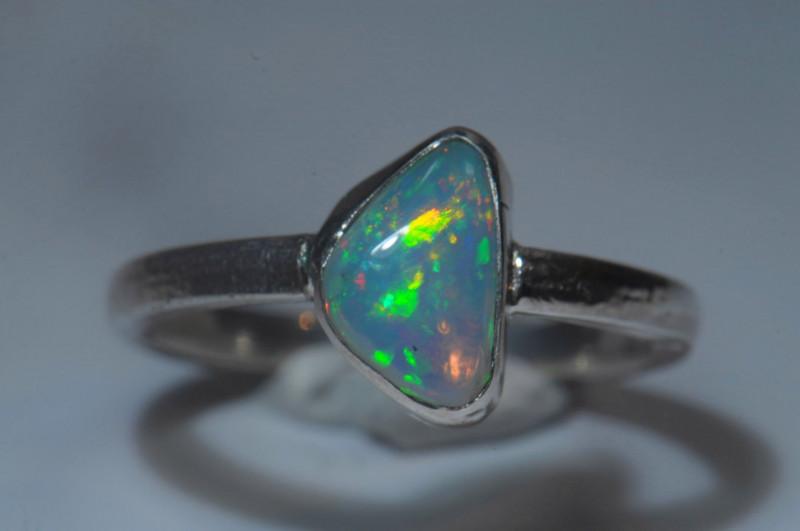 7.5sz Sterling Silver Blazing Welo Solid Opal Ring