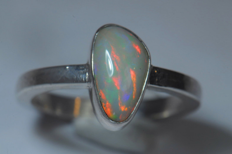 6.7sz Sterling Silver Blazing Welo Solid Opal Ring