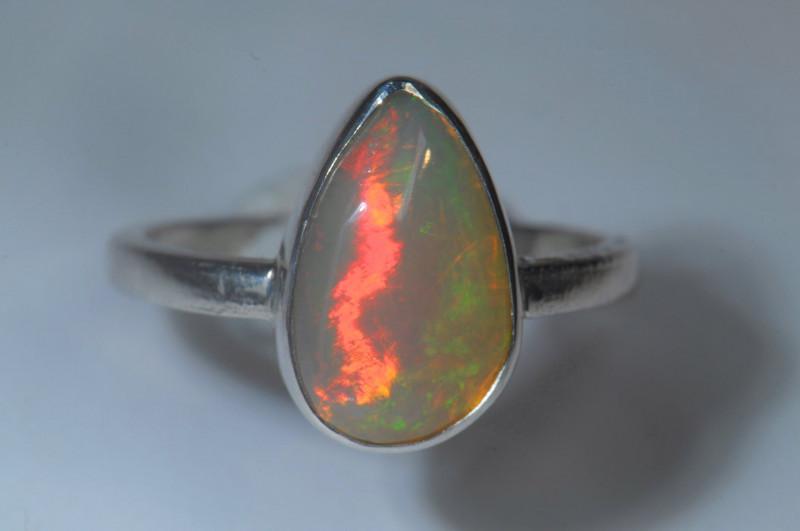 8.2sz Sterling Silver Blazing Welo Solid Opal Ring