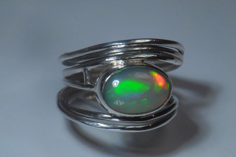 6sz Sterling .925 Silver Blazing Welo Solid Opal Ring