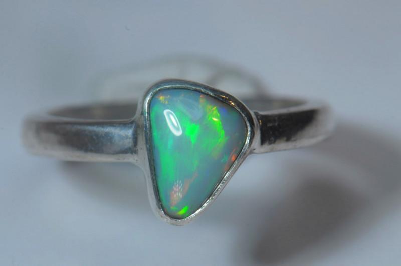 5.5sz  Sterling .925 Silver Blazing Welo Solid Opal Ring